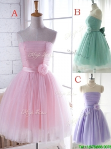 Elegant Strapless Tulle Short Bridesmaid Dresses with Handcrafted Flower