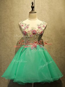Bateau Sleeveless Organza Dress for Prom Appliques Lace Up