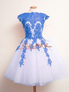 Sleeveless Knee Length Appliques Lace Up Quinceanera Court of Honor Dress with Blue And White