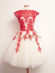 Scalloped Sleeveless Tulle Wedding Party Dress Appliques Lace Up
