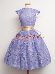 Fine Cap Sleeves Lace Knee Length Lace Up Bridesmaids Dress in Lavender with Belt