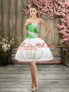 Sweetheart Sleeveless Prom Dress Mini Length Embroidery White Organza