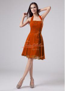 Fantastic Halter Top Sleeveless Mother Of The Bride Dress Knee Length Ruching Orange Chiffon