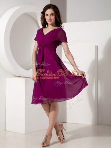 Short Sleeves Knee Length Ruching Zipper Mother Of The Bride Dress with Purple