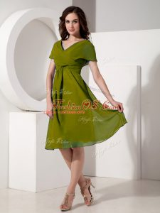 Delicate Olive Green Empire Chiffon V-neck Short Sleeves Ruching Knee Length Zipper Mother Of The Bride Dress