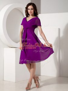 Hot Sale Eggplant Purple Mother Of The Bride Dress Prom and Party with Ruching V-neck Short Sleeves Zipper
