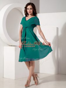 Dazzling Short Sleeves Knee Length Ruching Zipper Mother Of The Bride Dress with Turquoise