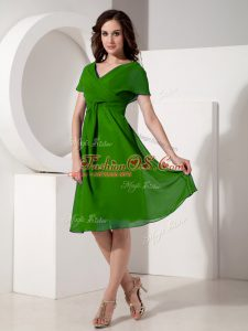 Elegant Knee Length Zipper Mother Of The Bride Dress Green for Prom and Party with Ruching