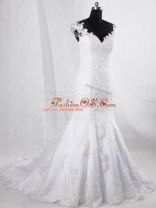 Popular V-neck Sleeveless Tulle Wedding Gown Lace Brush Train Clasp Handle