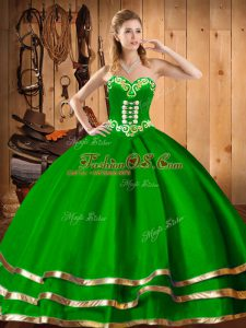 Sleeveless Floor Length Embroidery Lace Up Ball Gown Prom Dress with Dark Green