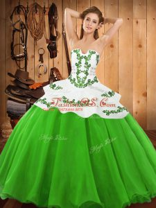 Charming Satin and Organza Sleeveless Floor Length Quinceanera Gown and Embroidery