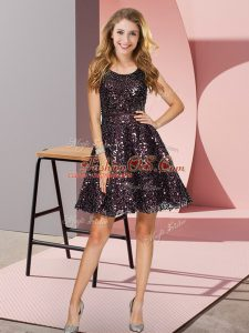 Luxury Scoop Sleeveless Court Dresses for Sweet 16 Mini Length Sequins Black Sequined