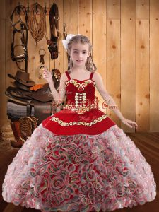 Straps Sleeveless Fabric With Rolling Flowers Little Girls Pageant Dress Wholesale with Headpieces Embroidery and Ruffles Lace Up