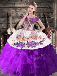 Purple Ball Gowns Off The Shoulder Sleeveless Organza Floor Length Lace Up Embroidery Quinceanera Gowns