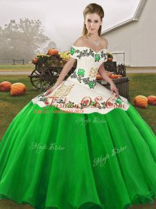 Custom Made Green Organza Lace Up Off The Shoulder Sleeveless Floor Length Quinceanera Gowns Embroidery