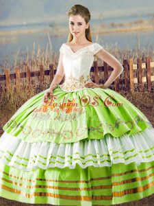 Luxury Ball Gowns Embroidery and Ruffled Layers 15 Quinceanera Dress Lace Up Satin Sleeveless Floor Length