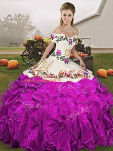 Hot Selling Off The Shoulder Sleeveless Quince Ball Gowns Floor Length Embroidery and Ruffles White And Purple Organza