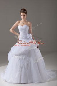 Romantic Sleeveless Brush Train Appliques and Hand Made Flower Lace Up Wedding Gowns