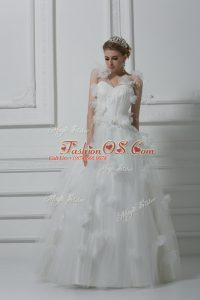 White Sleeveless Tulle Lace Up Wedding Gowns for Wedding Party