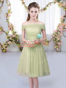 Glittering Short Sleeves Tulle Knee Length Lace Up Wedding Party Dress in Olive Green with Belt