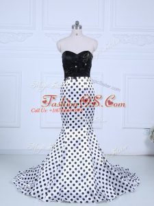 Noble White And Black Printed Zipper Sweetheart Sleeveless Celebrity Style Dress Brush Train Lace