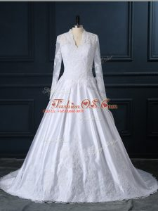 Nice Tulle V-neck Long Sleeves Brush Train Clasp Handle Lace Wedding Gowns in White
