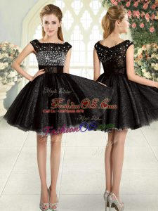 Exquisite Black A-line Square Sleeveless Tulle Mini Length Zipper Beading Prom Dresses