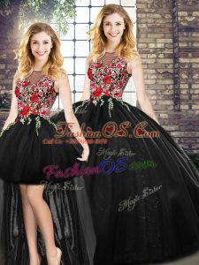 Black Sleeveless Floor Length Embroidery Zipper Quince Ball Gowns