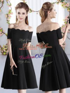 Fantastic Black A-line Satin Off The Shoulder Short Sleeves Ruching Knee Length Zipper Vestidos de Damas