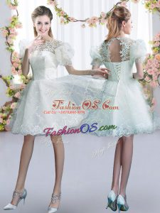 Fashionable Tulle Scoop Short Sleeves Lace Up Lace Bridesmaids Dress in White
