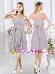 Fashionable Grey A-line Sweetheart Sleeveless Chiffon Knee Length Side Zipper Ruching Bridesmaid Gown