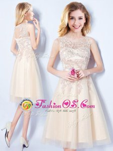 Scoop Sleeveless Tulle Wedding Party Dress Appliques Lace Up