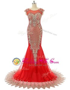 Deluxe Scoop Zipper Red Carpet Gowns Red and In for Prom and Party with Beading and Lace Brush Train