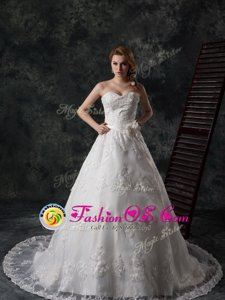 Low Price White Lace Lace Up Sweetheart Sleeveless Wedding Dresses Court Train Beading and Appliques and Hand Made Flower