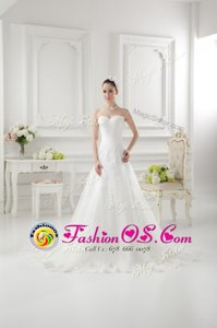 Free and Easy White Clasp Handle Wedding Gown Lace and Appliques Sleeveless Sweep Train