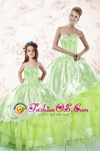 Custom Design Floor Length Ball Gowns Sleeveless Yellow Green Quinceanera Gowns Lace Up