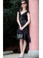 Black Column / Sheath V-neck Asymmetrical Taffeta Beading and Appliques Prom / Homecoming Dress