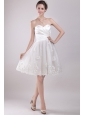 Sweet A-Line/Princess Sweetheart Knee-length Organza Appliques Wedding Dress