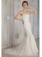 Luxurious Trumpet / Mermaid Strapless Court Train Lace Beading Wedding Dress