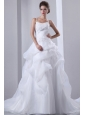Fashionbale A-line Spaghetti Straps Wedding Dress Appliques With Beading Court Train Taffeta and Organza