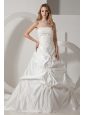 Romantic A-line Strapless Wedding Dress Appliques and Pick-ups Chapel Train Taffeta