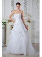 Pretty A-line / Princess Strapless Appliques Wedding Dress Brush Train Organza