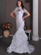 Elegant Mermaid Strapless Ruch and Pick-ups Wedding Dress Brush Train Taffeta