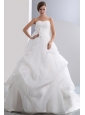 Beautiful A-line Sweetheart Low Cost Wedding Dress Chapel Train Taffeta and Organza Ruch and Hand Made Flowers