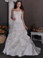 Elegant A-line Sweetheart Wedding Dress Court Train Taffeta Appliques With Beading