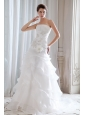 Fashionable Princess Strapless Beading and Ruch Wedding Dress Court Train Organza