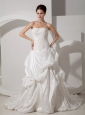 Exquisite A-line Strapless Wedding Dress Court Train Taffeta Appliques