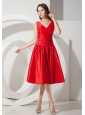 Sweet Red A-Line / Princess V-neck Evening Dress Tea-length Taffeta
