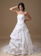 Elegant A-line Strapless Low Cost Wedding Dress Taffeta Appliques Court Train