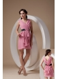 Sexy Rose Pink Mother of the Bride Dress Column / Sheath V-neck Chiffon Ruch Mini-length